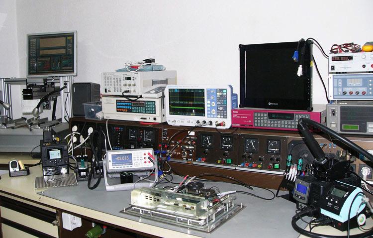 Arbeitsplatz, Messplatz Monitor Werkstatt